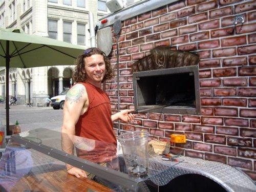 outdoor pizza