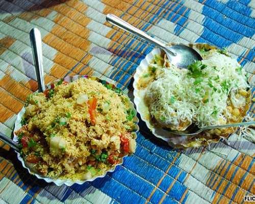 Chowpatty's bhel puri has a Mumbai-style beach flavor