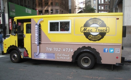 We Had Buffalo Chicken Mac And Cheese At The Mac Truck New York