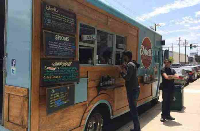 scaling a food truck business