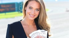 Hannah Davis Sports Illustrated Swimsuit cover model Hosting The Kentucky Derby Party at Empire City Casino at Yonkers Raceway