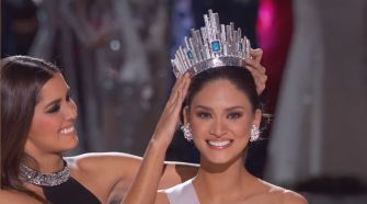 Crowning Miss Universe 2015