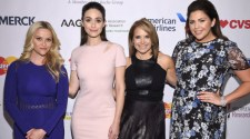 Reese WitherspoonEmmy RossumKatie Couric Hillary Scott attend SU2Cs NY Standing Room Only presented by EIF donors American Airlines Merck MasterCard e1460370287238