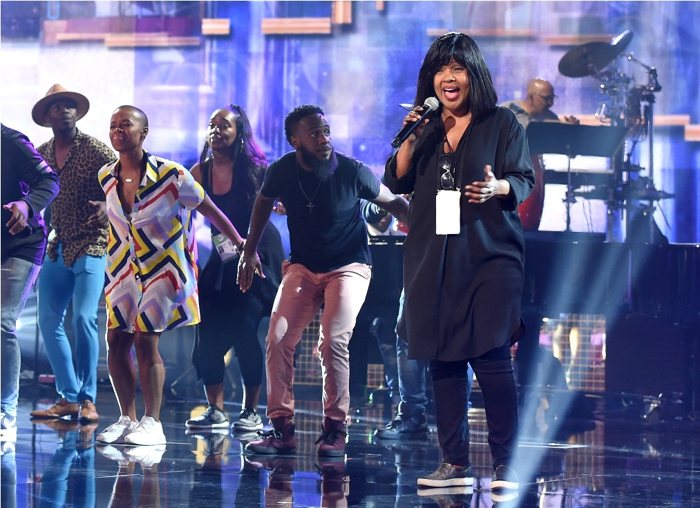 CeCe Winans performs onstage during the 2018 American Music Awards