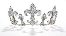 FAIR WARNING – ROYAL JEWELS GO ON THE BLOCK AT SOTHEBY'S