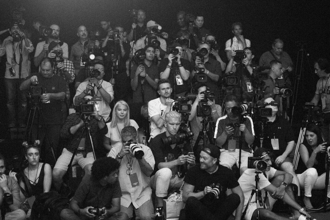 Paraiso Camera Crew