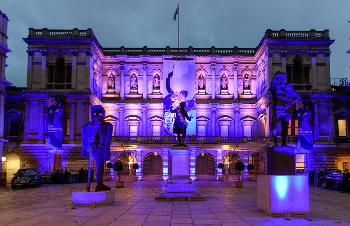 London's Royal Academy of Arts at night