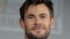 800px Chris Hemsworth by Gage Skidmore 2 cropped 1 e1574906012365