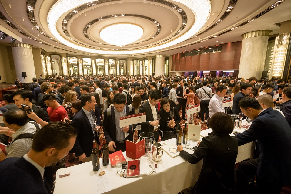 ACCLAIMED WINE CRITIC JAMES SUCKLING MAY HAVE ORGANIZED MIAMI'S MOST PRESTIGIOUS WINE EVENT