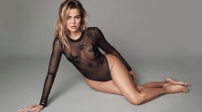 Khloé Kardashian Hottest Photo Gallery
