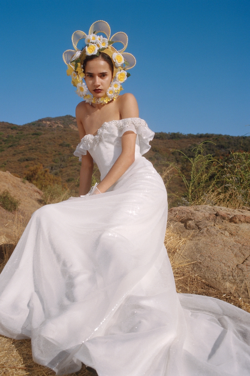 WHITE HANDBEADED SEQUIN AND PEARL IRRIDESCENT GOWN - LOOK 16