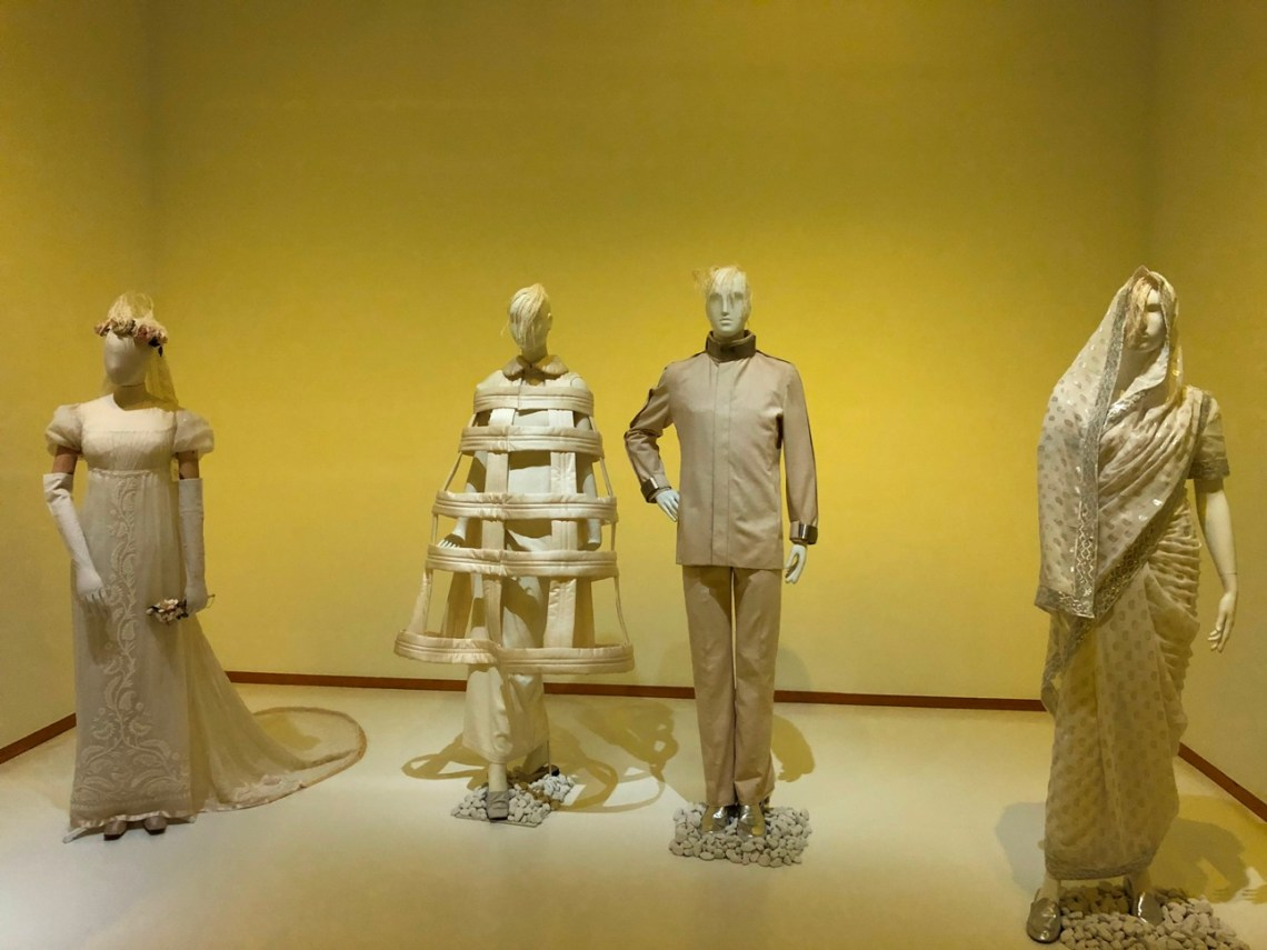 Breaking the secret fashion color code across eras and cultures