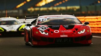 Lamborghini Wins Silverstone 500 and Clinches First British GT Title