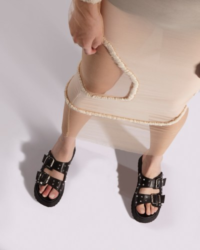 Black sandals with buckles by Cult