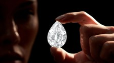 Sotheby's to Accept Cryptocurrency for Rare 100+ Carat Diamond