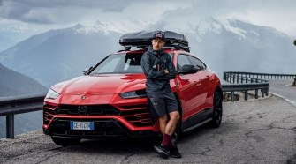 Lamborghini Urus and Aaron Durogati together for an extraordinary feat
