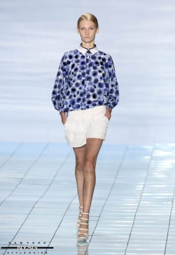 LIE SANGBONG Spring-Summer 2015 Collection Show 27