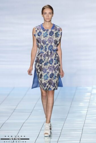 LIE SANGBONG Spring-Summer 2015 Collection Show 17