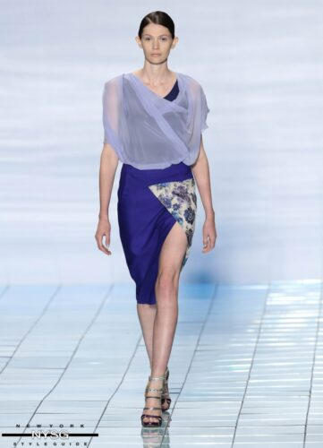 LIE SANGBONG Spring-Summer 2015 Collection Show 15
