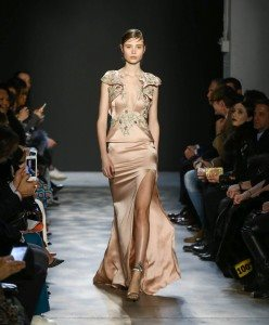 Marchesa Fall 2017 Collection at New York Fashion Week 13