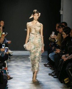 Marchesa Fall 2017 Collection at New York Fashion Week 15