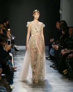 Marchesa Fall 2017 Collection at New York Fashion Week 25
