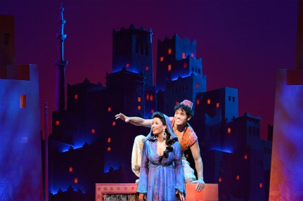Aladdin5Courtney_Reed_and_Adam_Jacobs_photo_by_Deen_Van_Meer (1)