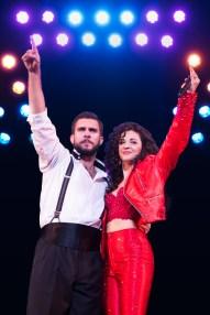 1-2716_Josh Segarra and Ana Villafañe as Emilio and Gloria Estefan in ON YOUR FEET! (c) Matthew Murphy