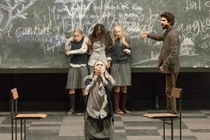 Saoirse Ronan in front;Elizabeth Teeter, Ashlei Sharpe Chestnut, Erin Wilhelmi and Ben Whishaw