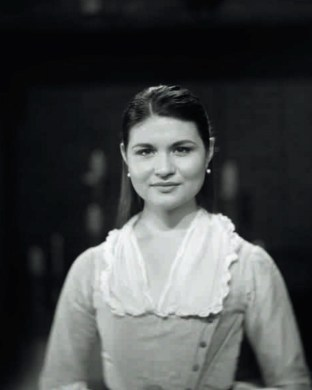 Phillipa Soo as Eliza (nee Schuyler) Hamilton