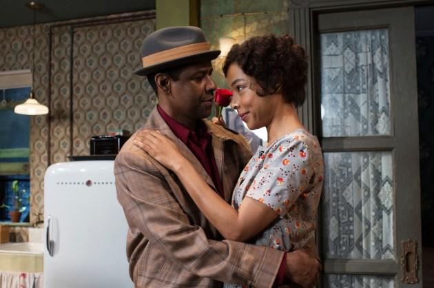 Denzel Washington and Sophie Okonedo in Raisin in the Sun