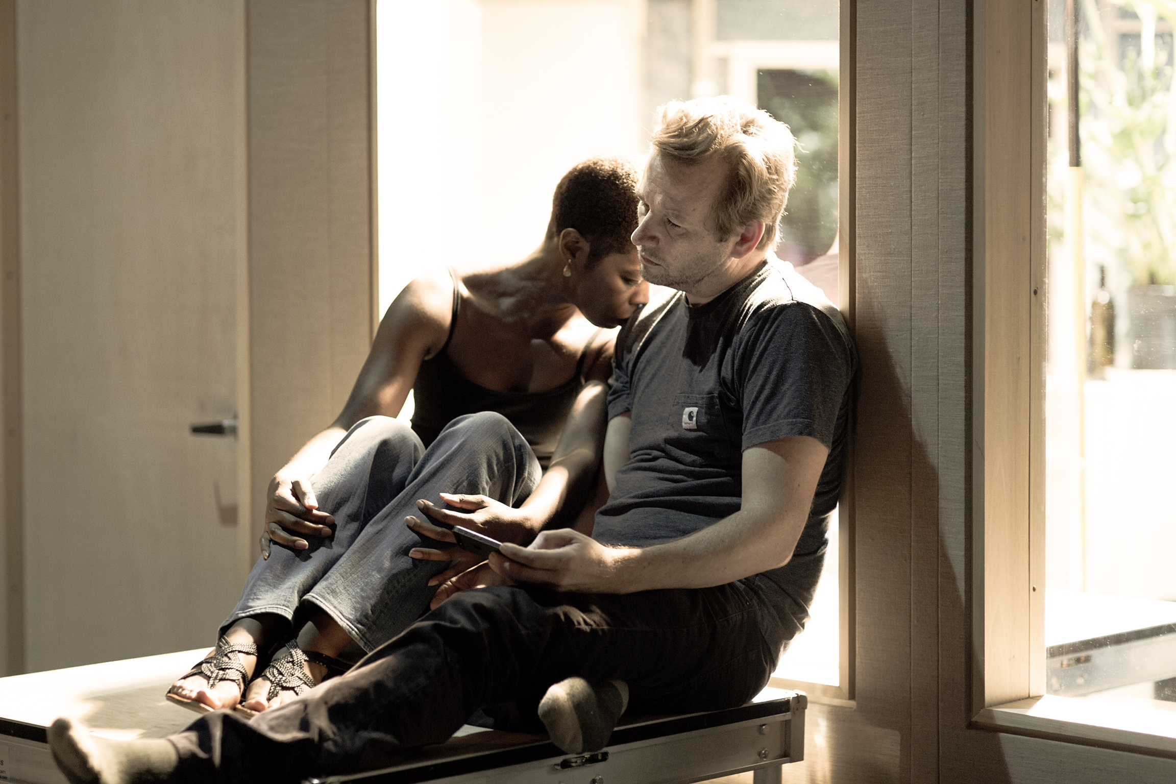 Roslyn Ruff (Marianne 2) and Dallas Roberts (Johan2)