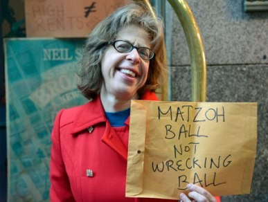 Jackie Hoffman protesting the closing of Cafe Edison