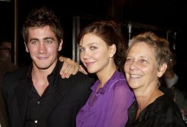 Jake Gyllenhaal and Maggie Gyllenhaal with their mother, Naomi Foner