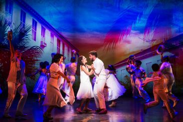 7-Ana Villafañe, Josh Segarra & cast in ON YOUR FEET! (c) Matthew Murphy
