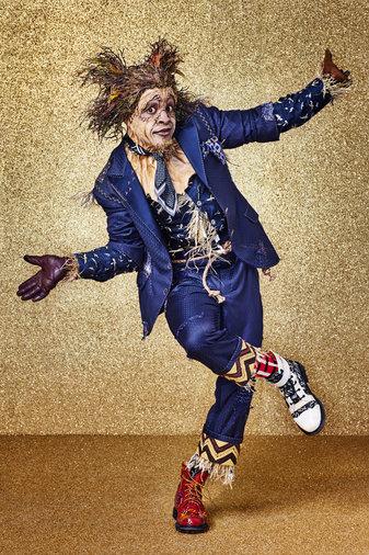 Elijah Kelly as Scarecrow -- (Photo by: Paul Gilmore/NBC)