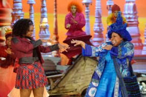 THE WIZ LIVE! -- Pictured: (l-r) Shanice Williams as Dorothy, Amber Riley as Addapearle -- (Photo by: Virginia Sherwood/NBC)