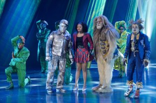 THE WIZ LIVE! -- Pictured: (l-r) Ne-Yo as Tin-Man, Shanice Williams as Dorothy, David Alan Grier as Lion -- (Photo by: Virginia Sherwood/NBC)