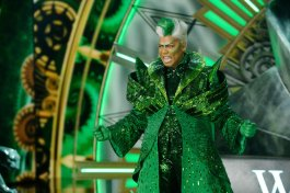 THE WIZ LIVE! -- Pictured: Queen Latifah as The Wiz -- (Photo by: Virginia Sherwood/NBC)