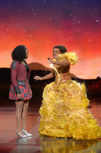 THE WIZ LIVE! -- Pictured: (l-r) Shanice Williams as Dorothy, Uzo Aduba as Glinda -- (Photo by: Virginia Sherwood/NBC)