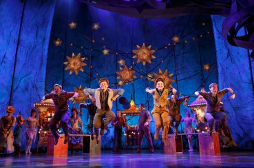 Andrew Keenan-Bolger and Sarah Charles Lewis, with cast