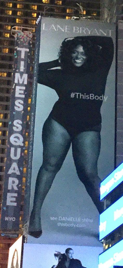 danielle-brooks-in-times-square-billboard