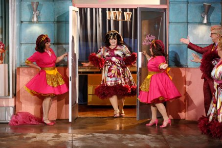HAIRSPRAY LIVE! -- Pictured: Ricki Lake & Marissa Winoker as Pinky's Girls, Maddie Baillio as Tracy Turnblad (center) -- (Photo by: Justin Lubin/NBC)