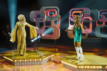 HAIRSPRAY LIVE! -- Pictured: (l-r) Jennifer Hudson as Motormouth Maybelle, Ariana Grande as Penny Pingleton -- (Photo by: Chris Haston/NBC)