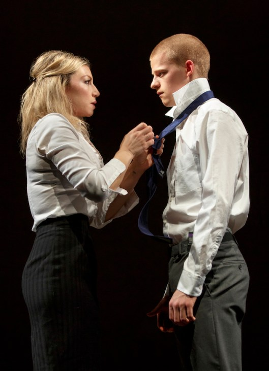 Ari Graynor and Lucas Hedges