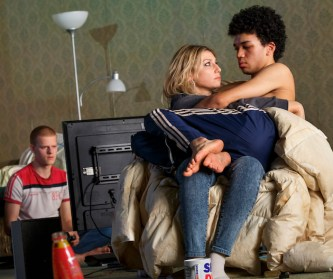 Lucas Hedges as Hench, Ari Graynor as Maggie, Justice Smith as Bobbie.