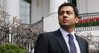 Kal Penn, one of 17-member presidential arts committee to resign.