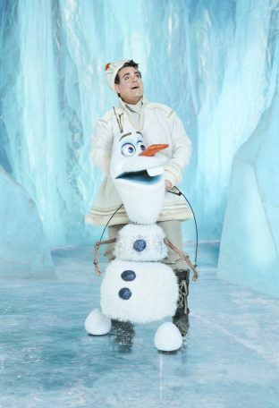 Greg Hildreth as Olaf