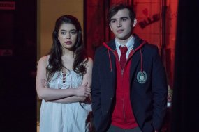 """RISE -- """"Opening Night"""" Episode 110 -- Pictured: (l-r) Auli'i Cravalho as Lilette Suarez, Ted Sutherland as Simon Saunders -- (Photo by: Virginia Sherwood/NBC)"""