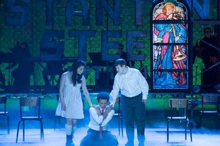 "RISE -- ""Opening Night"" Episode 110 -- Pictured: Auli'i Cravalho as Lilette Suarez, Damon J. Gillespie as Robbie Thorne, Ellie Desautels as Michael Hallowell -- (Photo by: Virginia Sherwood/NBC)"